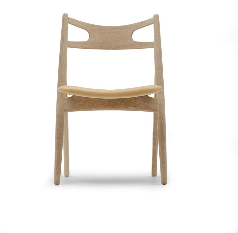 For Sale: Brown (Thor 325) CH29P Sawbuck Chair in Oak Soap by Hans J. Wegner