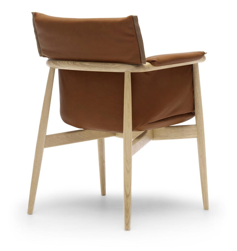For Sale: Brown (Loke 7748) E005 Embrace Dining Chair in Oak Soap with Natural Edging Strip by EOOS 3