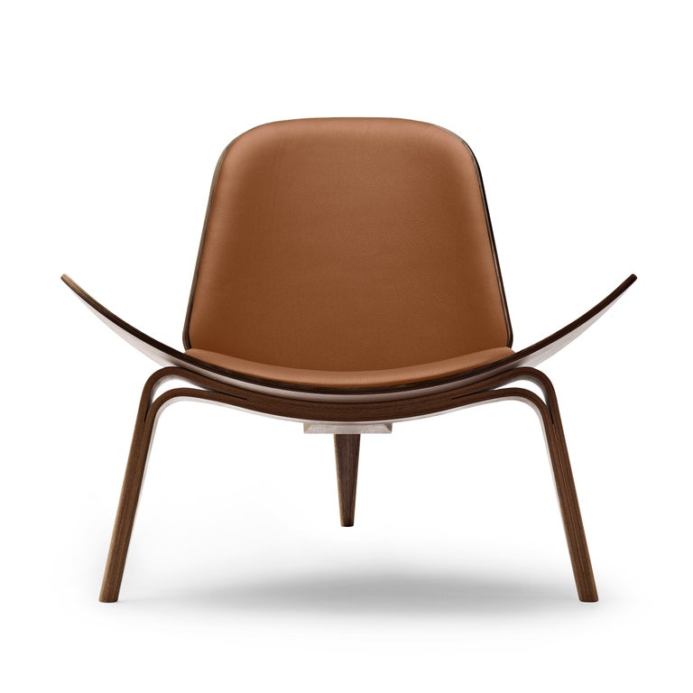 For Sale: Brown (Thor 307) CH07 Shell Chair in Walnut Oil with Leather Seat by Hans J. Wegner