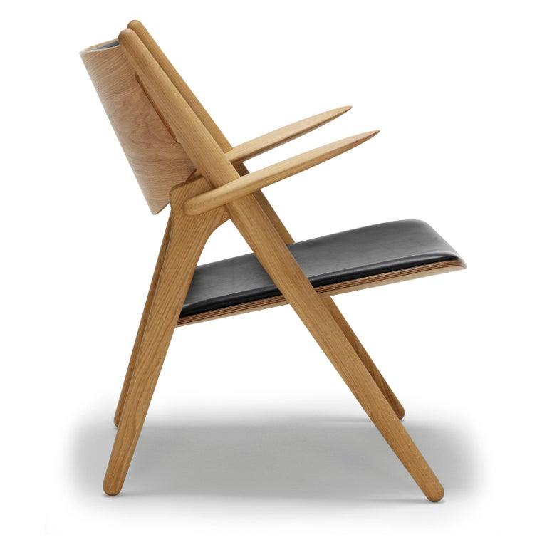 For Sale: Black (Thor 301) CH28P Lounge Chair in Oiled Oak with Foam Seat by Hans J. Wegner 2
