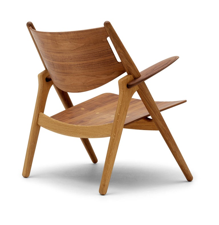 CH28T Lounge Chair in Wood Finish by Hans J. Wegner For Sale 2