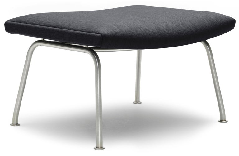 For Sale: Black (Kvadrat Fiord 191) CH446 Footrest in Stainless Steel with Fabric Seat by Hans J. Wegner