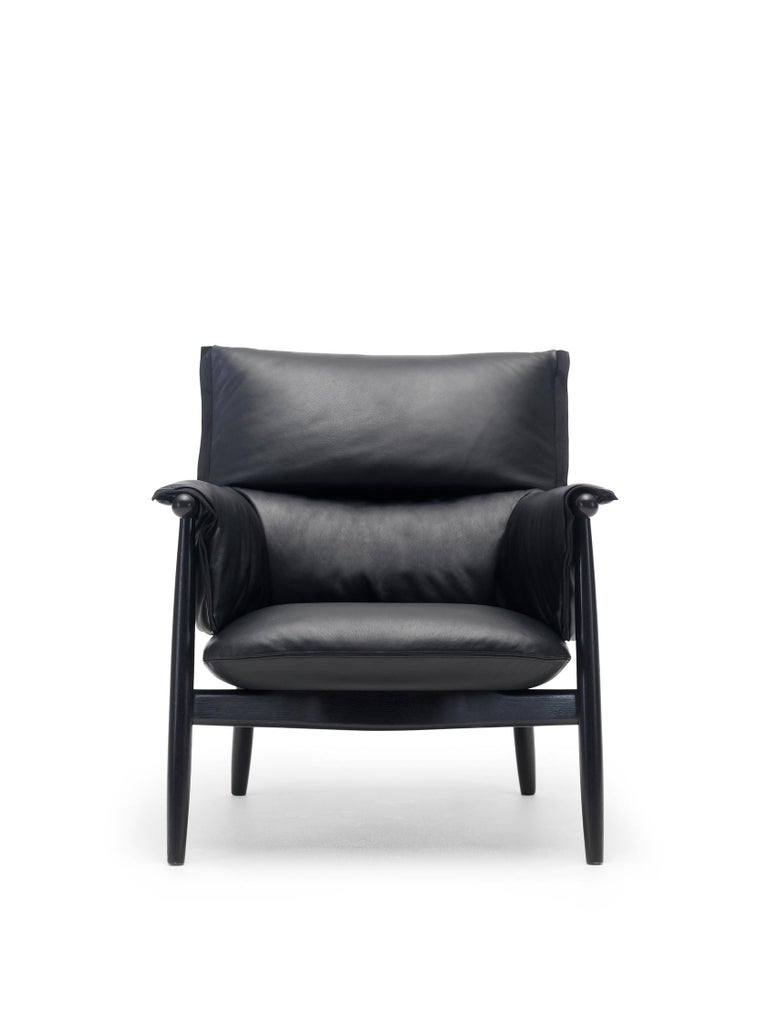 For Sale: Black (Sif 98) E015 Embrace Lounge Chair in Painted Black Oak and Black Edging Strip by Eoos