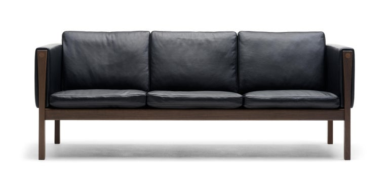 For Sale: Black (Sif 98) CH163 Sofa in Walnut Oil Frame with Leather Upholstery by Hans J. Wegner