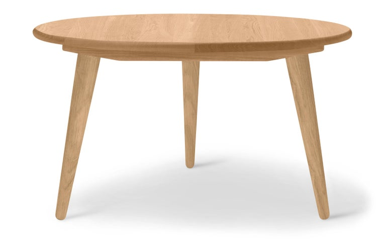 For Sale: Brown (Oak Oil) CH008 Small Coffee Table in Wood by Hans J. Wegner 2
