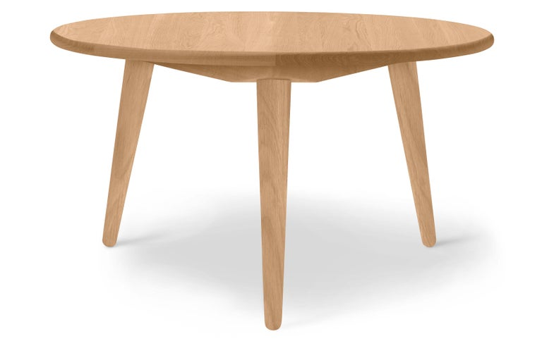 For Sale: Brown (Oak Oil) CH008 Small Coffee Table in Wood by Hans J. Wegner