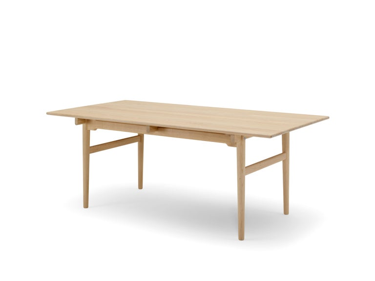 CH327 Large Dining Table in Wood Finish by Hans J. Wegner For Sale 14