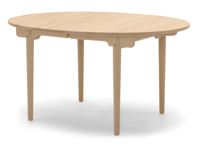 For Sale: Brown (Oak Oil) CH337 Dining Table in Wood Finish by Hans J. Wegner 2