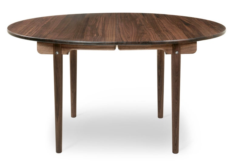 For Sale: Brown (Walnut Oil) CH337 Dining Table in Wood Finish by Hans J. Wegner