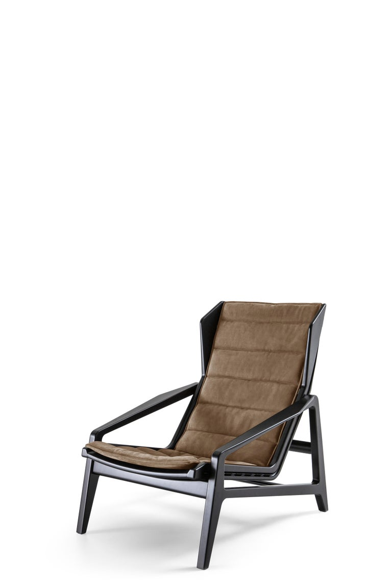 For Sale: Gray (WD131_Grey) Molteni&C D.156.3 Armchair in Glossy Black Lacquered Wood and Linen by Gio Ponti 2