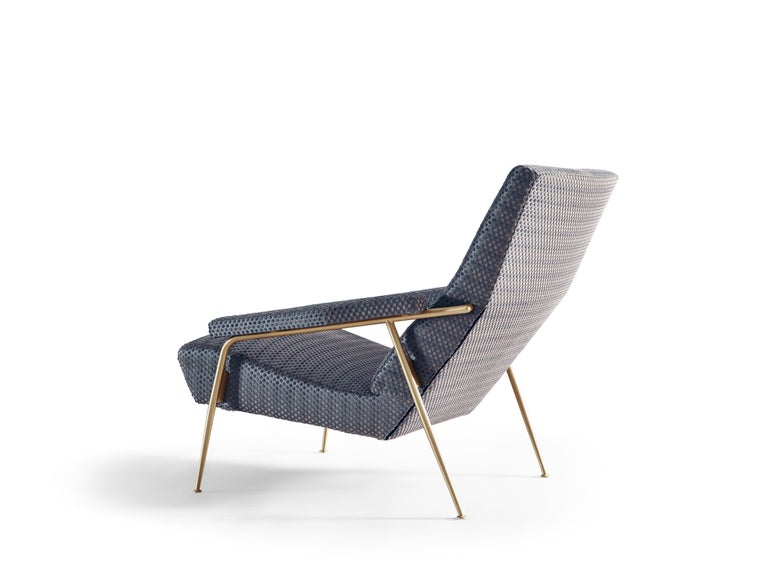 For Sale: Blue (GP010_Blue) Molteni&C D.153.1 Armchair in Punteggiato Velvet by Gio Ponti 2