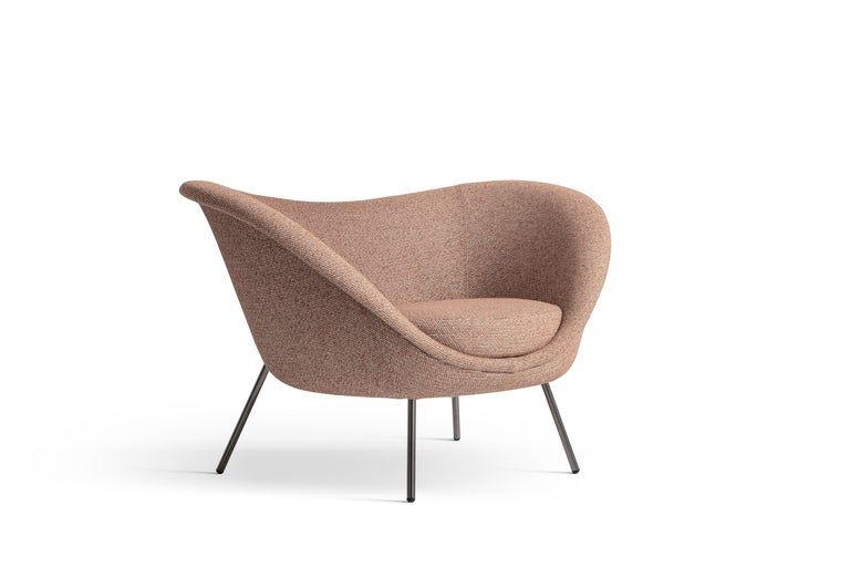 For Sale: Pink (ZF673_Pink) Molteni&C D.154.2 Armchair in Boucle by Gio Ponti 2