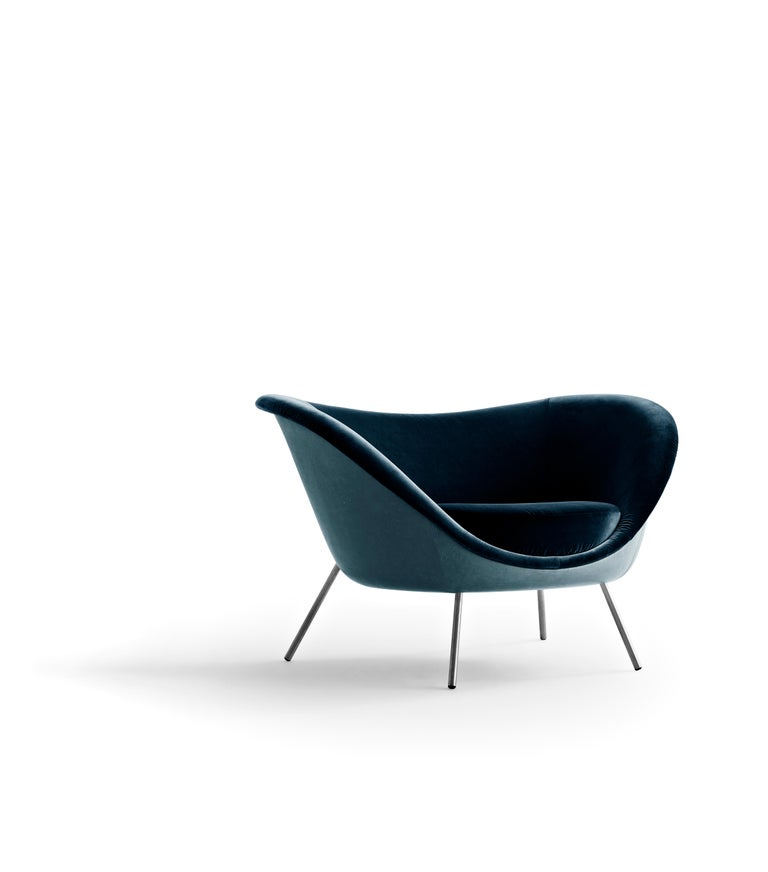 For Sale: Blue (L154+W6281_Blue) Molteni&C D.154.2 Armchair in Leather by Gio Ponti 2