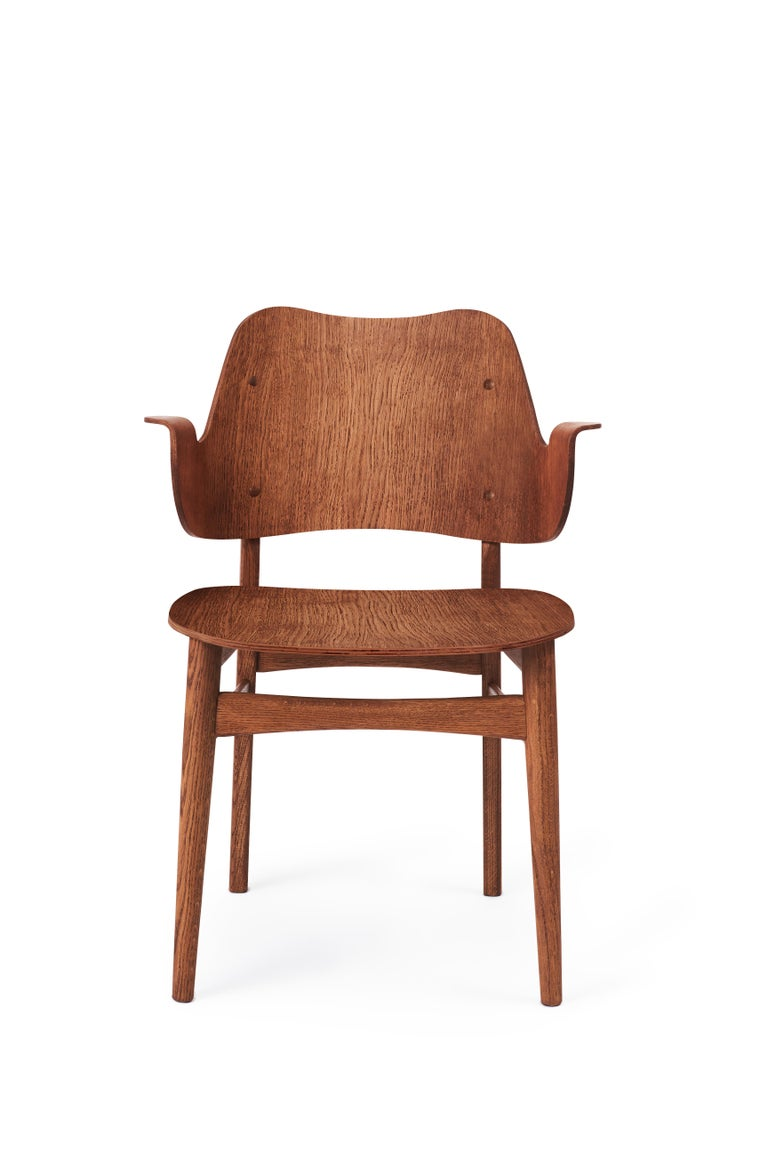 For Sale: Brown (Teak) Gesture Chair in Pure Wood, by Hans Olsen from Warm Nordic