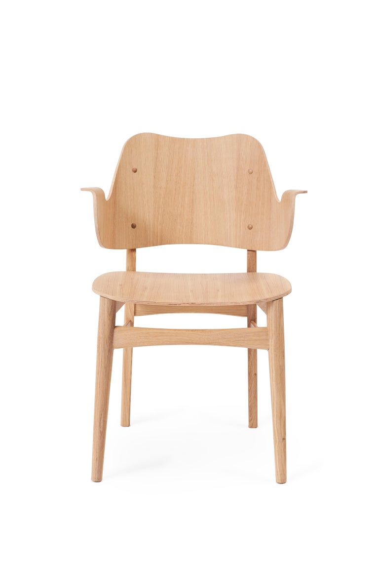 For Sale: Beige (Oak) Gesture Chair in Pure Wood, by Hans Olsen from Warm Nordic