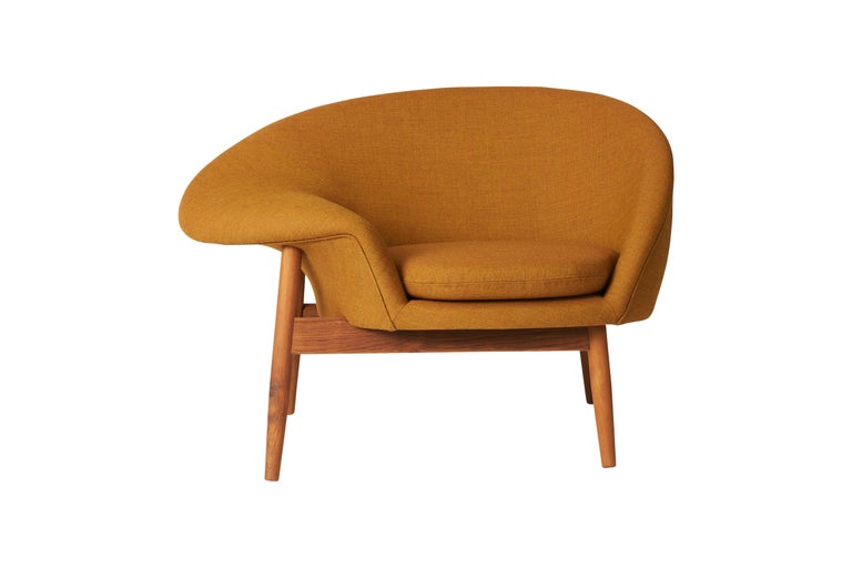For Sale: Brown (Canvas 424) Fried Egg Monochrome Chair, by Hans Olsen from Warm Nordic
