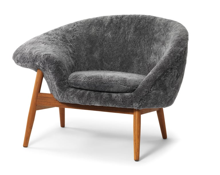 For Sale: Gray (Sheep Scandinavian Grey) Fried Egg Chair Sheep Chair, by Hans Olsen from Warm Nordic 2