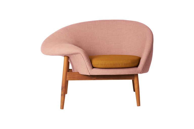 For Sale: Pink (Canvas614, Canvas424) Fried Egg Two-Tone Chair, by Hans Olsen from Warm Nordic