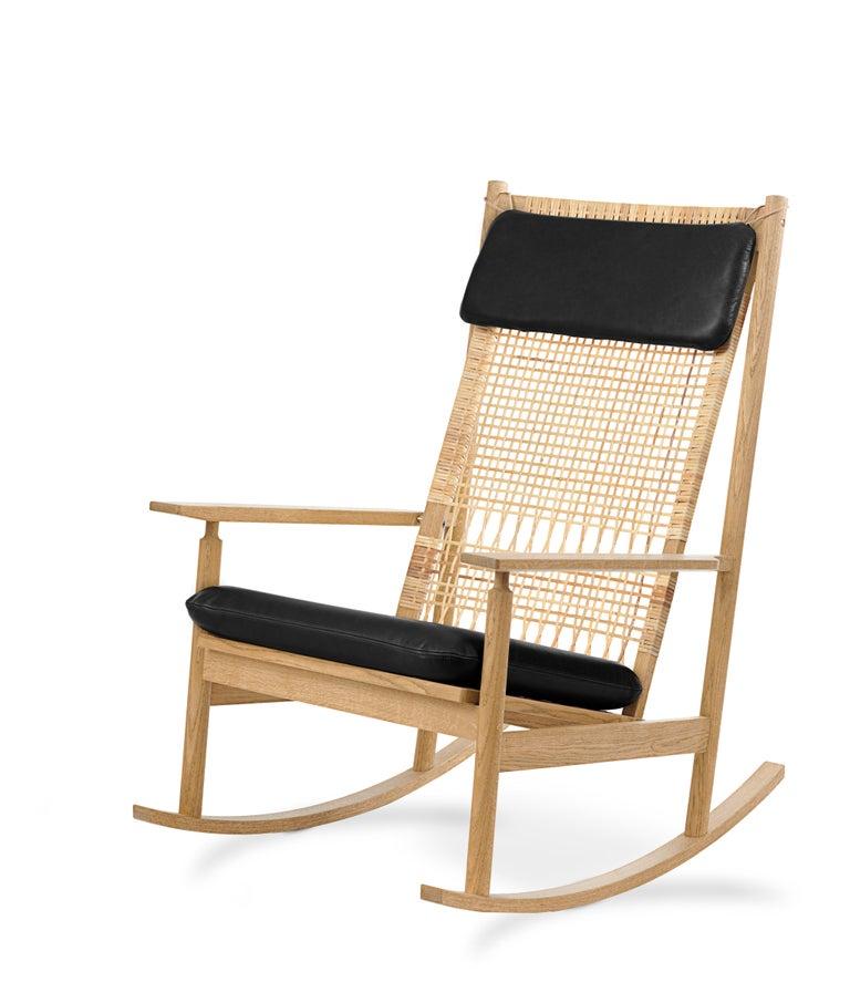 For Sale: Black (Nevada 0500) Swing Rocking Chair in Oak, by Hans Olsen from Warm Nordic 2