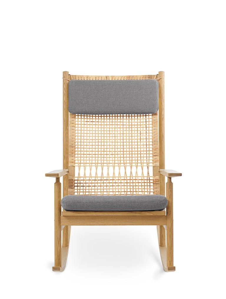 For Sale: Gray (Rewool 128) Swing Rocking Chair in Oak, by Hans Olsen from Warm Nordic