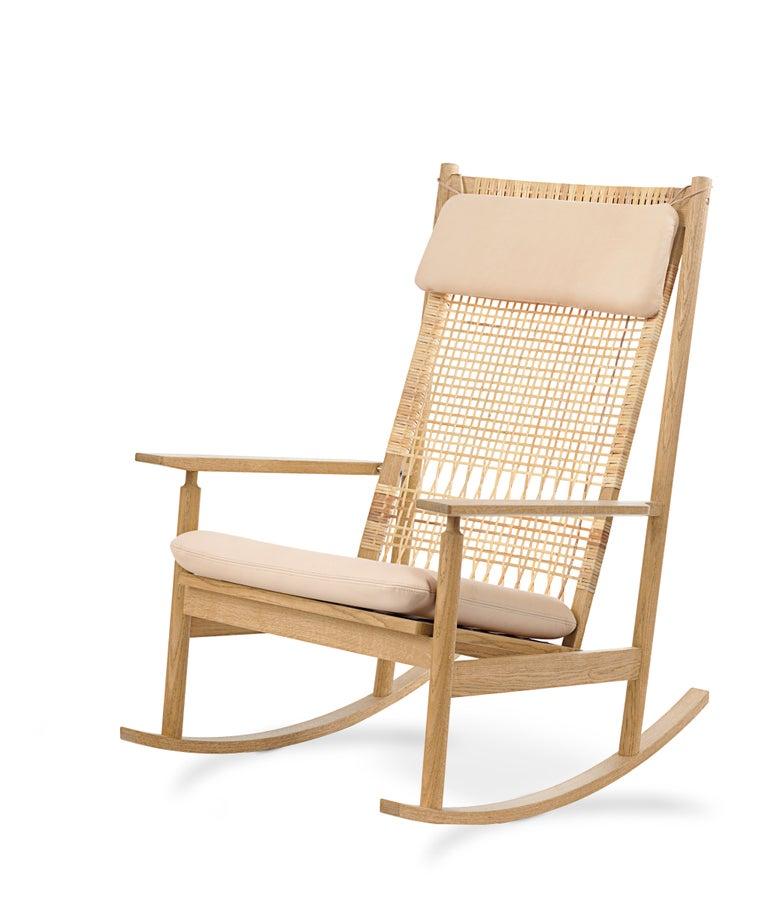 For Sale: Pink (Vegetal 090) Swing Rocking Chair in Oak, by Hans Olsen from Warm Nordic 2