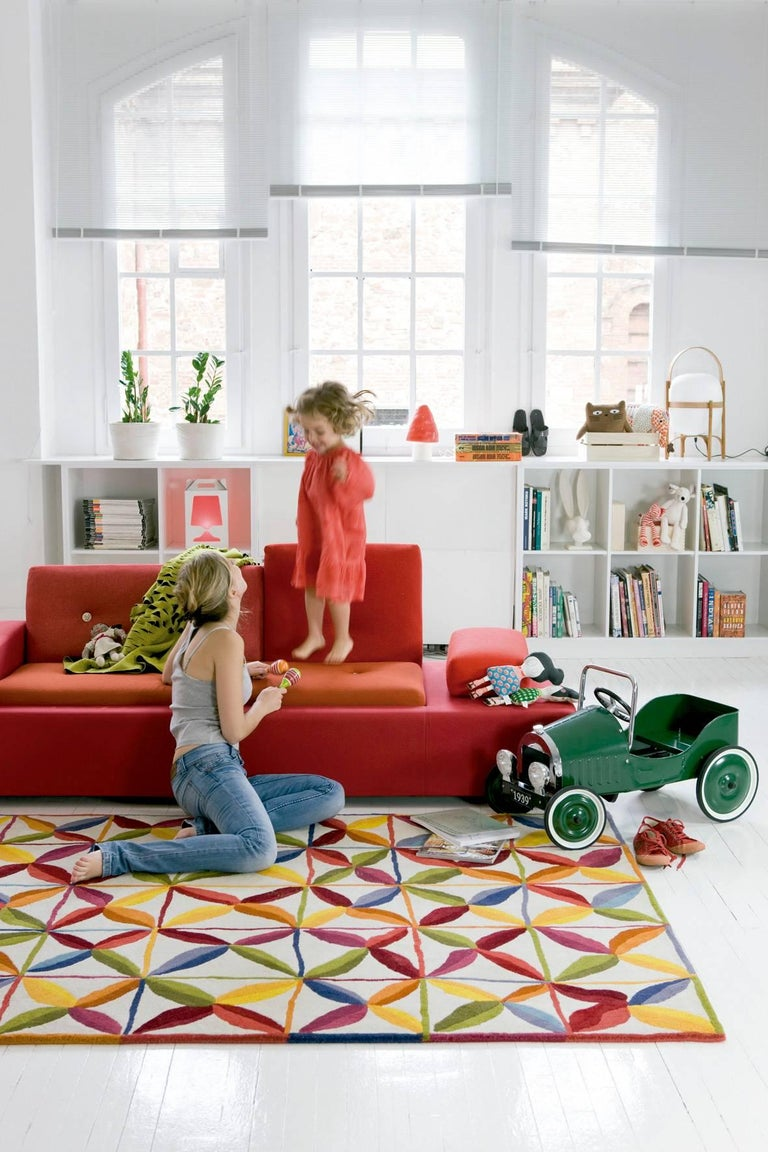 Modern Hand-Tufted Kala Circular Rug in Orange & Red by Nani Marquina & Care & Fair, La For Sale
