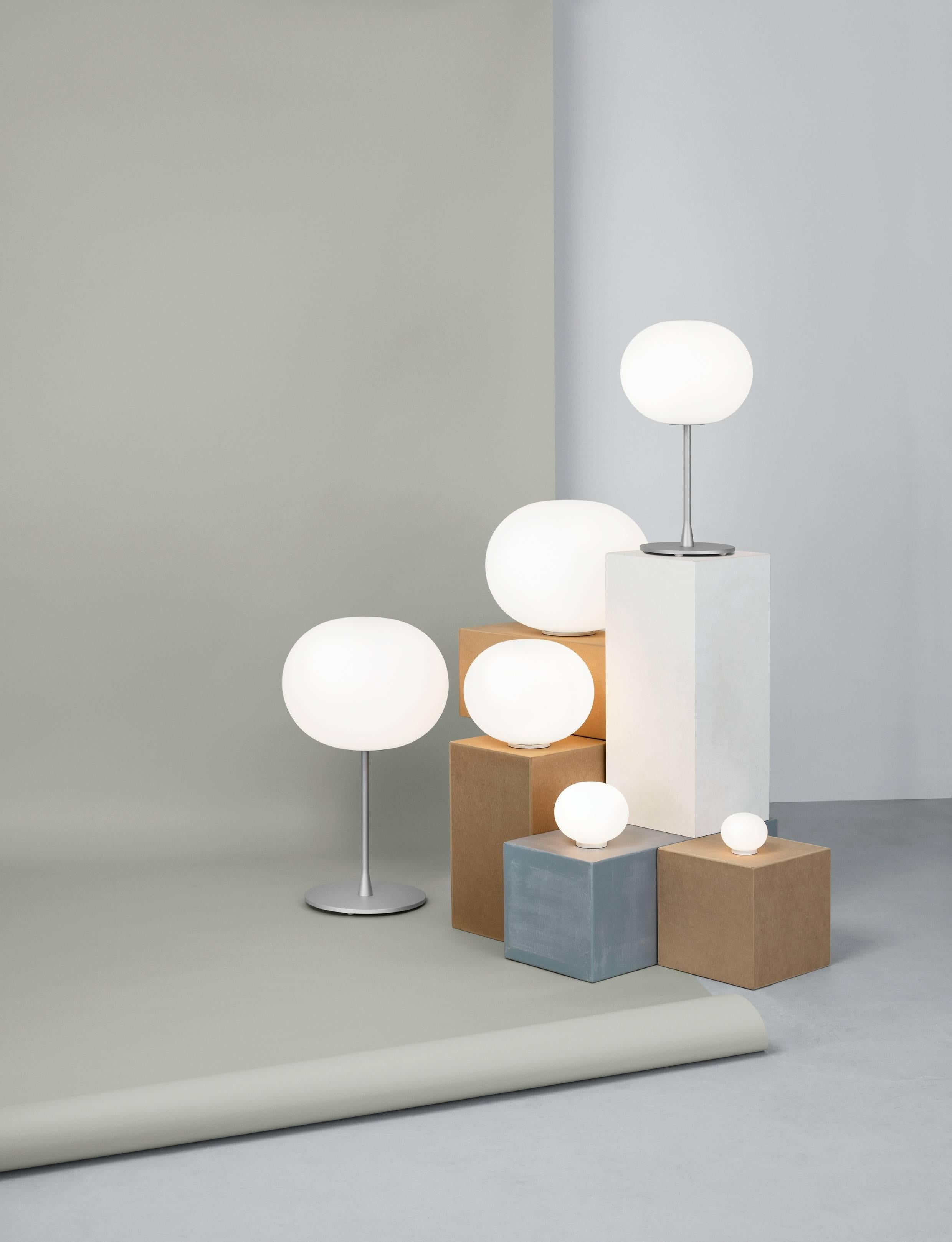 Modern FLOS Mini Glo Ball Table Lamp By Jasper Morrison For Sale