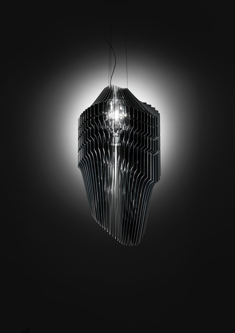 Modern SLAMP Avia Extra Large Pendant Light in Black by Zaha Hadid For Sale