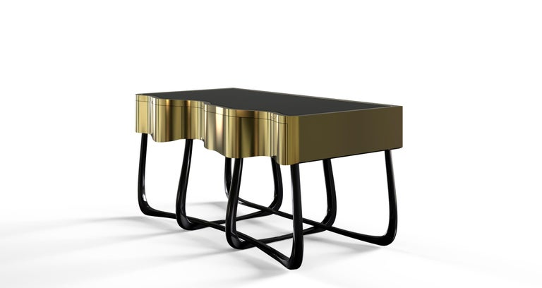 Modern Sinuous Nightstand in Black Lacquered Wood & Polished Brass by Boca do Lobo For Sale