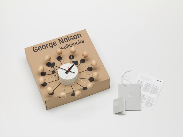 Vitra Ball Wall Clock in Beech Wood & White with Black Hand by George Nelson In New Condition For Sale In New York, NY