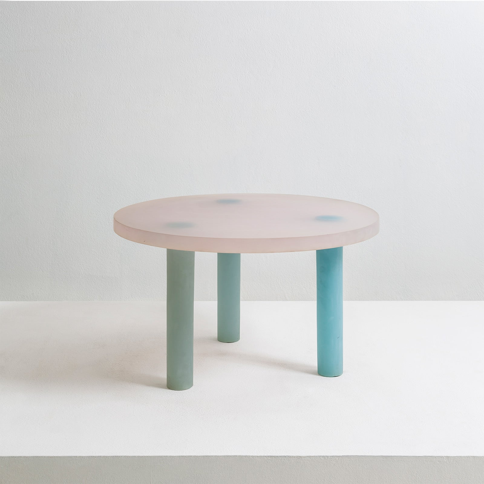 Haze Low Table In White And Blue Resin By Wonmin Park For At 1stdibs