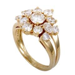 Chaumet Women's 18 Karat Yellow Gold Diamond Flower Ring