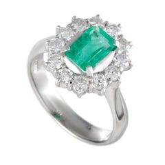 Platinum Diamond and Emerald Oval Ring