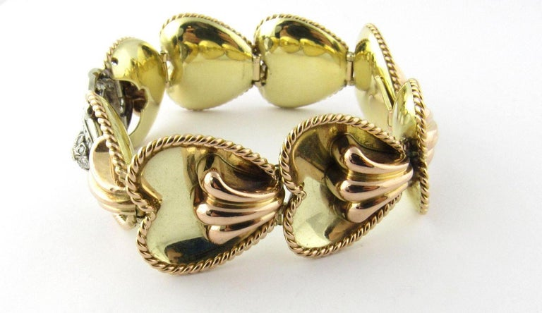 Antique 14 Karat Yellow Gold and Diamond Bracelet In Excellent Condition For Sale In Greenwich, CT