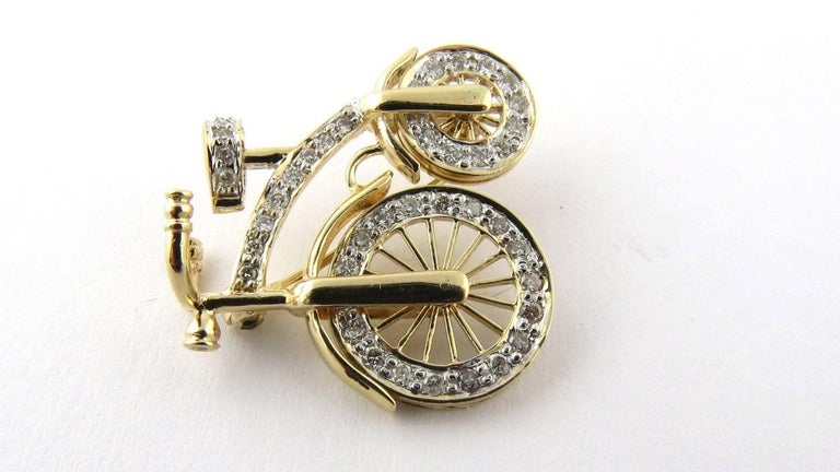 14 Karat Gold 3D Big Wheel Bicycle with Diamond Spinning Wheels Pin Brooch For Sale 1
