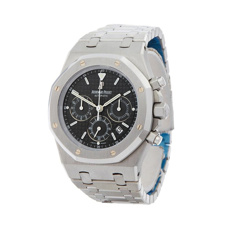 Contemporary 2000's Audemars Piguet Royal Oak Chronograph Stainless Steel Wristwatch  *  *Complete with: Box & Extract dated 2000's  *Case Size: 39mm  *Strap: Stainless Steel  *Age: 2000's  *Strap length: Adjustable up to 19cm. Please note we can