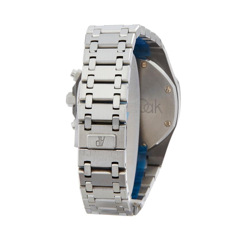2000s Audemars Piguet Royal Oak Chronograph Stainless Steel Wristwatch For Sale 2