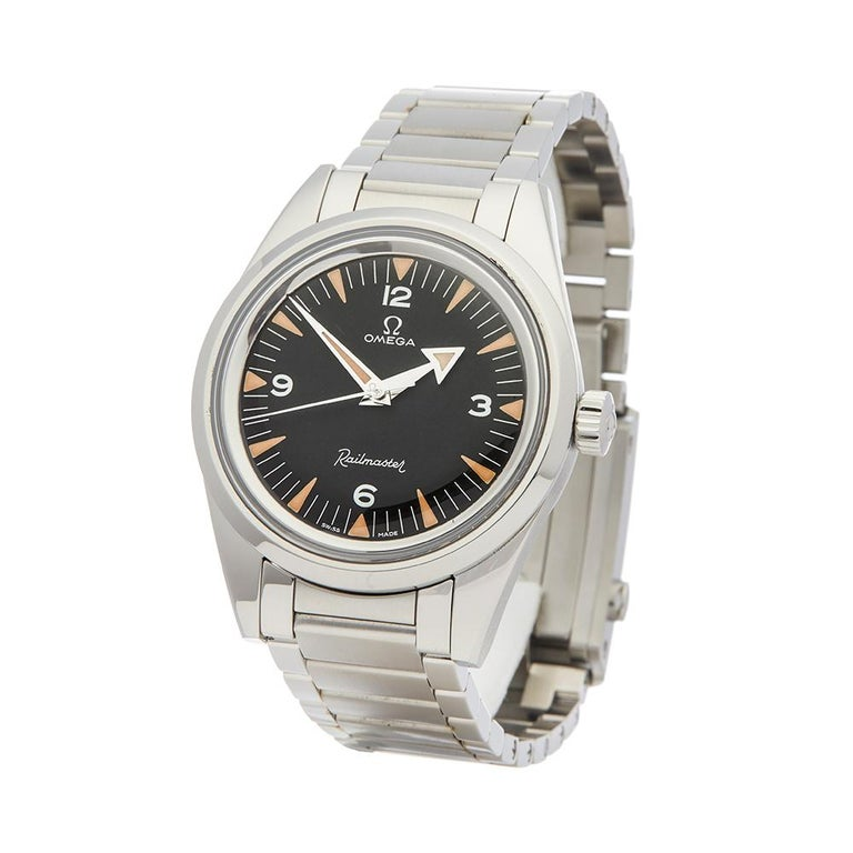 Contemporary 2017 Omega Railmaster Stainless Steel 22010382001002 Wristwatch  *  *Complete with: Box, Manuals & Guarantee dated 28th November 2017  *Case Size: 38mm  *Strap: Stainless Steel  *Age: 2017  *Strap length: Adjustable up to 20cm. Please