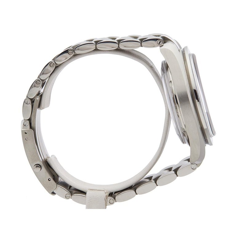 Men's 2014 Omega Speedmaster Titanium 31190445103001 Wristwatch For Sale