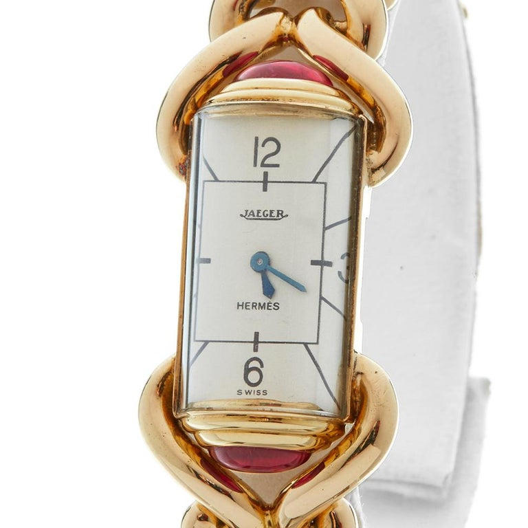 1940s Jaeger Vintage Hermes Yellow Gold 79829 Wristwatch For Sale 1