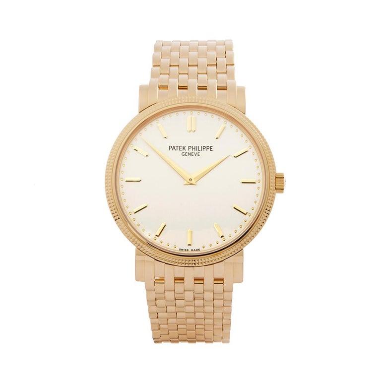 2010's Patek Philippe Calatrava Yellow Gold 5120J-001 Wristwatch For Sale