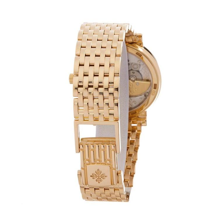 2010's Patek Philippe Calatrava Yellow Gold 5120J-001 Wristwatch For Sale 2