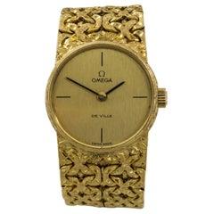 Omega De Ville Women's Hand Winding Vintage Watch 18 Karat Yellow Gold