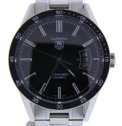 TAG Heuer Carrera WV211M with 7.5 Band, Stainless-Steel Bezel and Black Dial