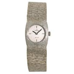 Omega De Ville Women's Hand Winding Watch Silver Dial 18 Karat Yellow Gold