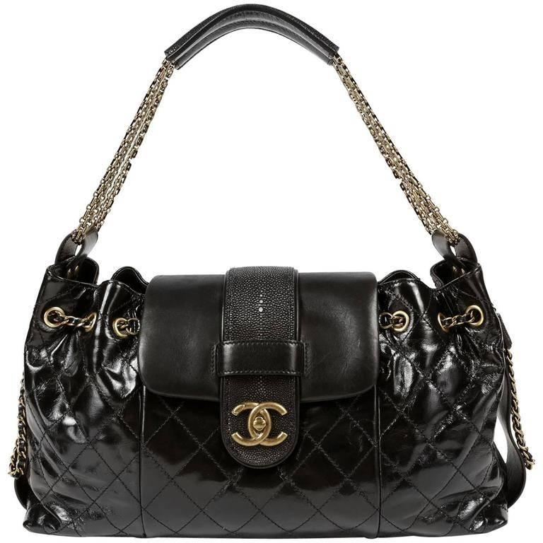 307ca2afa1153e Chanel Black Calfskin and Stingray Accordion Bag For Sale at 1stdibs