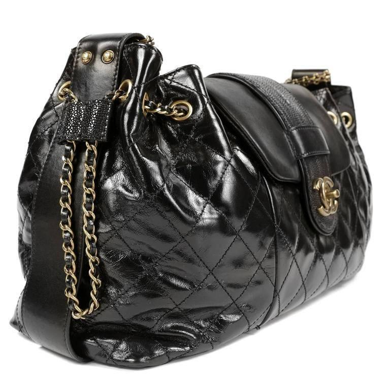 Chanel Black Calfskin and Stingray Accordion Bag In Excellent Condition For Sale In Palm Beach, FL