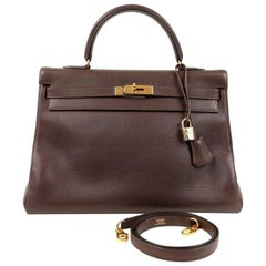 Hermes Cacao Togo 35 cm Kelly Retourne with Gold Hardware