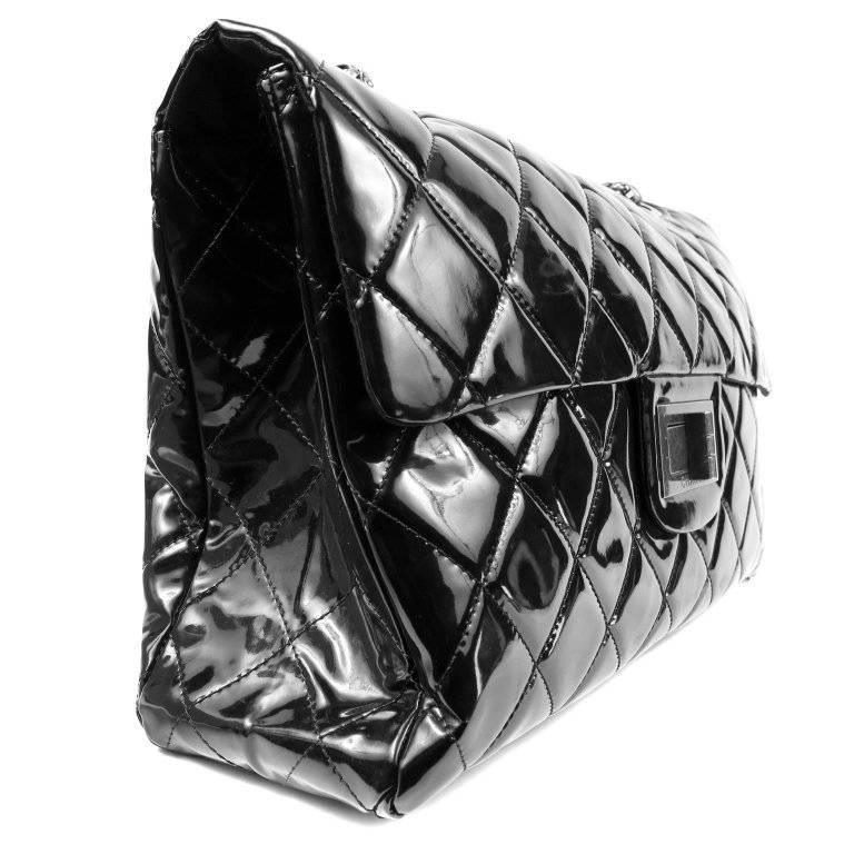 Chanel Black Patent Leather XXL Reissue Bag In Excellent Condition For Sale In Palm Beach, FL