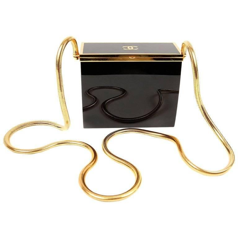 2519ce611ee2 Chanel Trolley Minaudiere For Sale at 1stdibs